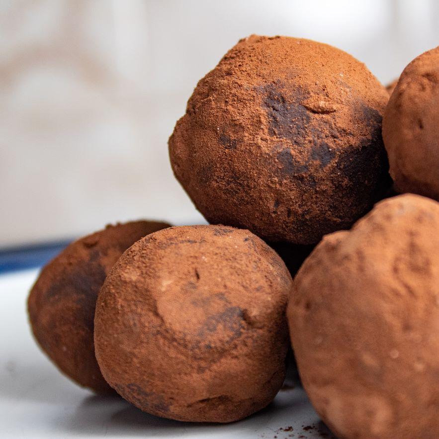 Σοκολατένια τρουφάκια με ελάχιστες θερμίδες